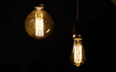 Retro-Glühbirnen als Blickfang